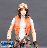 Star-Wars-The-Vintage-Collection-Doctor-Aphra-Comic-Set 5.jpg