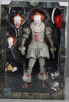 2017-IT-Deluxe-Pennywise-NECA-Figure06.jpg
