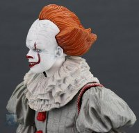 2017-IT-Deluxe-Pennywise-NECA-Figure13.jpg