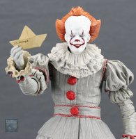 2017-IT-Deluxe-Pennywise-NECA-Figure21.jpg