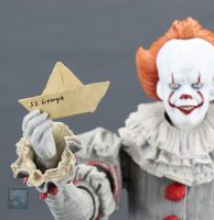 2017-IT-Deluxe-Pennywise-NECA-Figure22.jpg