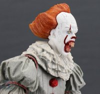 2017-IT-Deluxe-Pennywise-NECA-Figure26.jpg