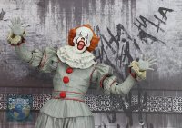 2017-IT-Deluxe-Pennywise-NECA-Figure37.jpg