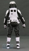 The-Black-Series-Imperial-Patrol-Trooper09.jpg
