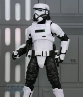 The-Black-Series-Imperial-Patrol-Trooper21.jpg