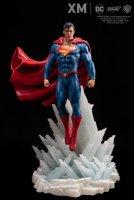 DC-Rebirth-Superman-Statue-02.jpg