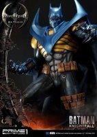 Museum-Masterline-Knightfall-Batman-07.jpg