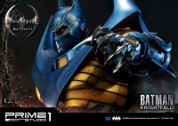 Museum-Masterline-Knightfall-Batman-09.jpg