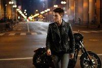 batwoman-motorcycle-ruby-rose-01.jpg