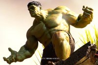 hulk_titan.thumb.jpg.e220a24168151fac0ae4408c63b822c1.jpg